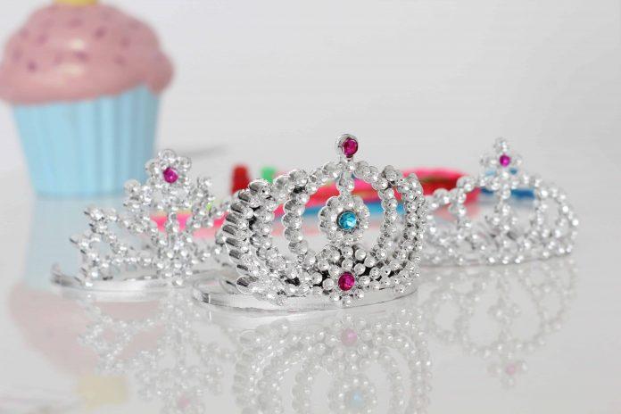 Drama Queens Raising Kings